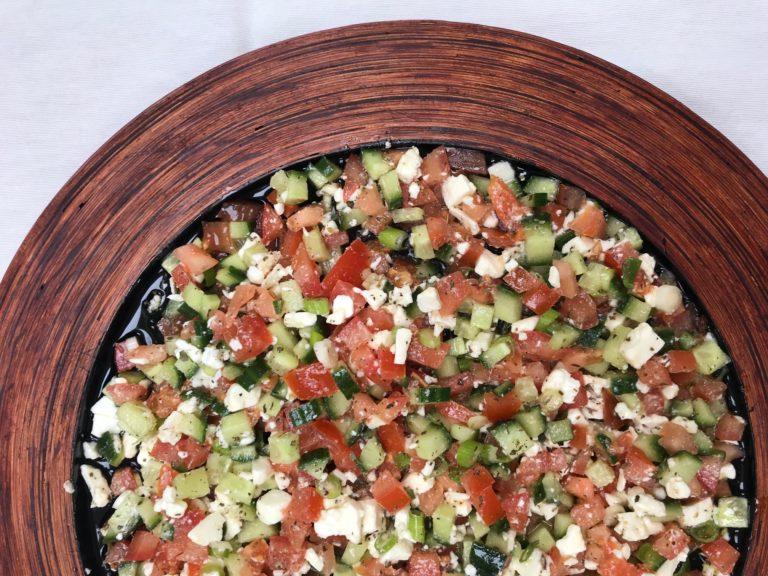 Dip de tomates, concombres et Feta